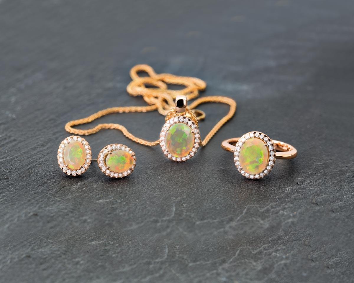 Vintage Opal - Foto: © Richard Hans Becker, Idar-Oberstein