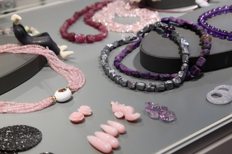 03. Engel + Co., Idar-Oberstein - Colliers with interchangeable clasps - pink Tourmaline, Suggilite and Silicium Nuggets